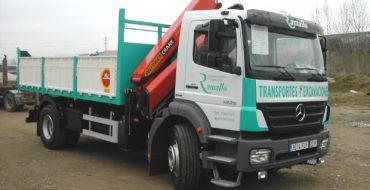 Transportes y trabajos con camión pluma